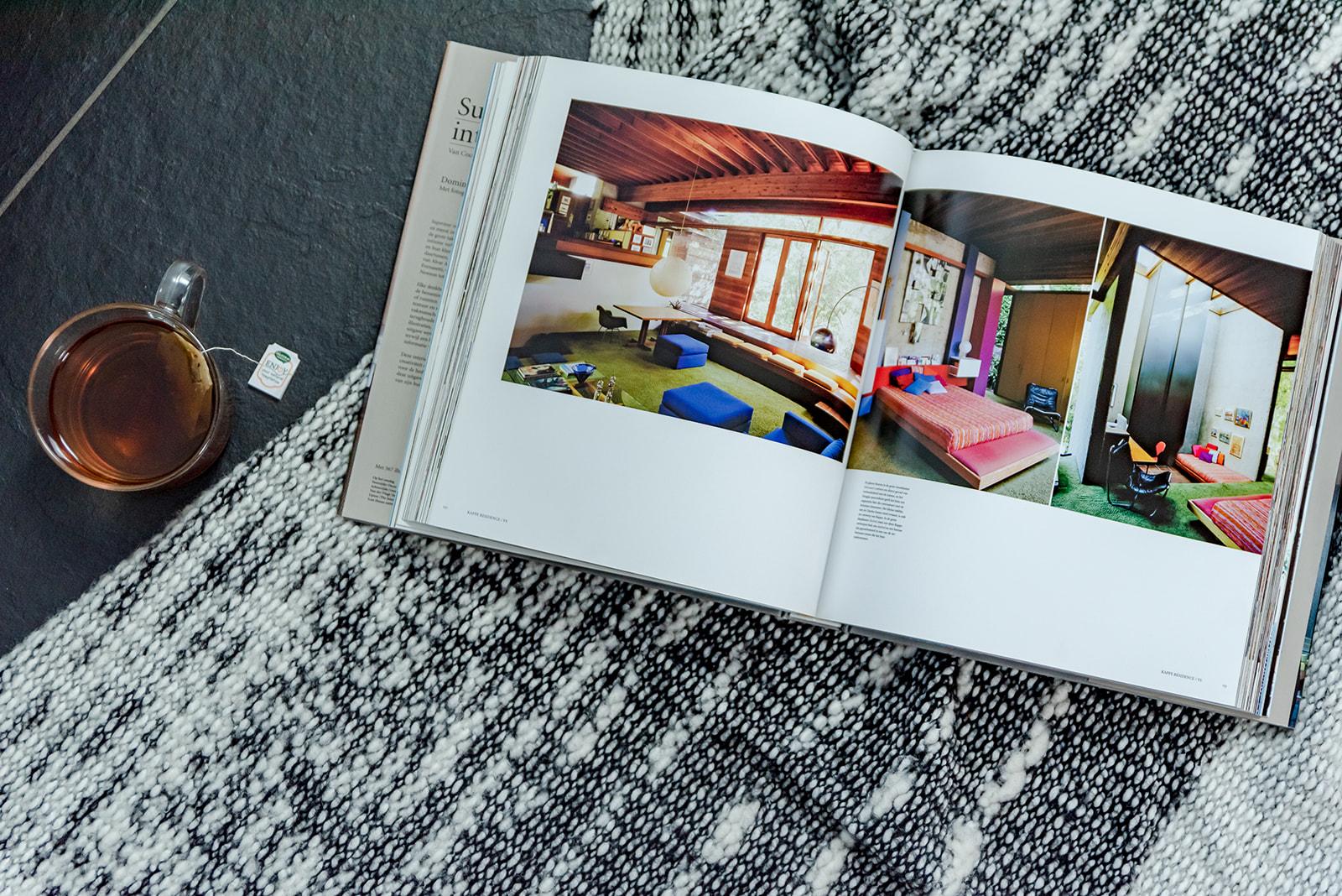 Flatlay boek met Feng Shui interieur